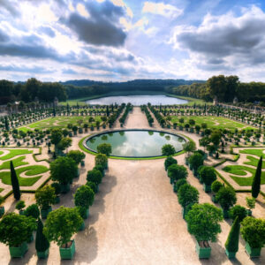 a new luxury hotel offers the first opportunity to stay at versailles