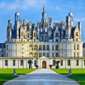 Inside The Most Luxurious Castles In The World