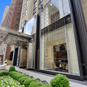 iconic chicago duplex penthouse