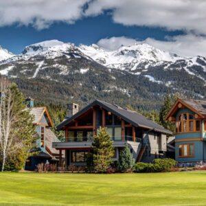 4 ways to enjoy a luxurious trip to whistler bc
