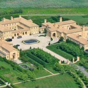 The Biggest Mansions In The World (2021)
